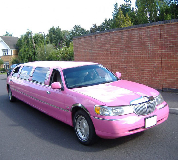 Lincoln Towncar Limos in Whetstone & Totteridge
